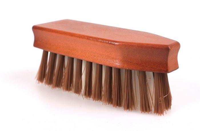 QHP Hoof brush Timber