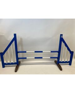 Obstacle blue (open) complete with two jump bars and 4 suspension brackets